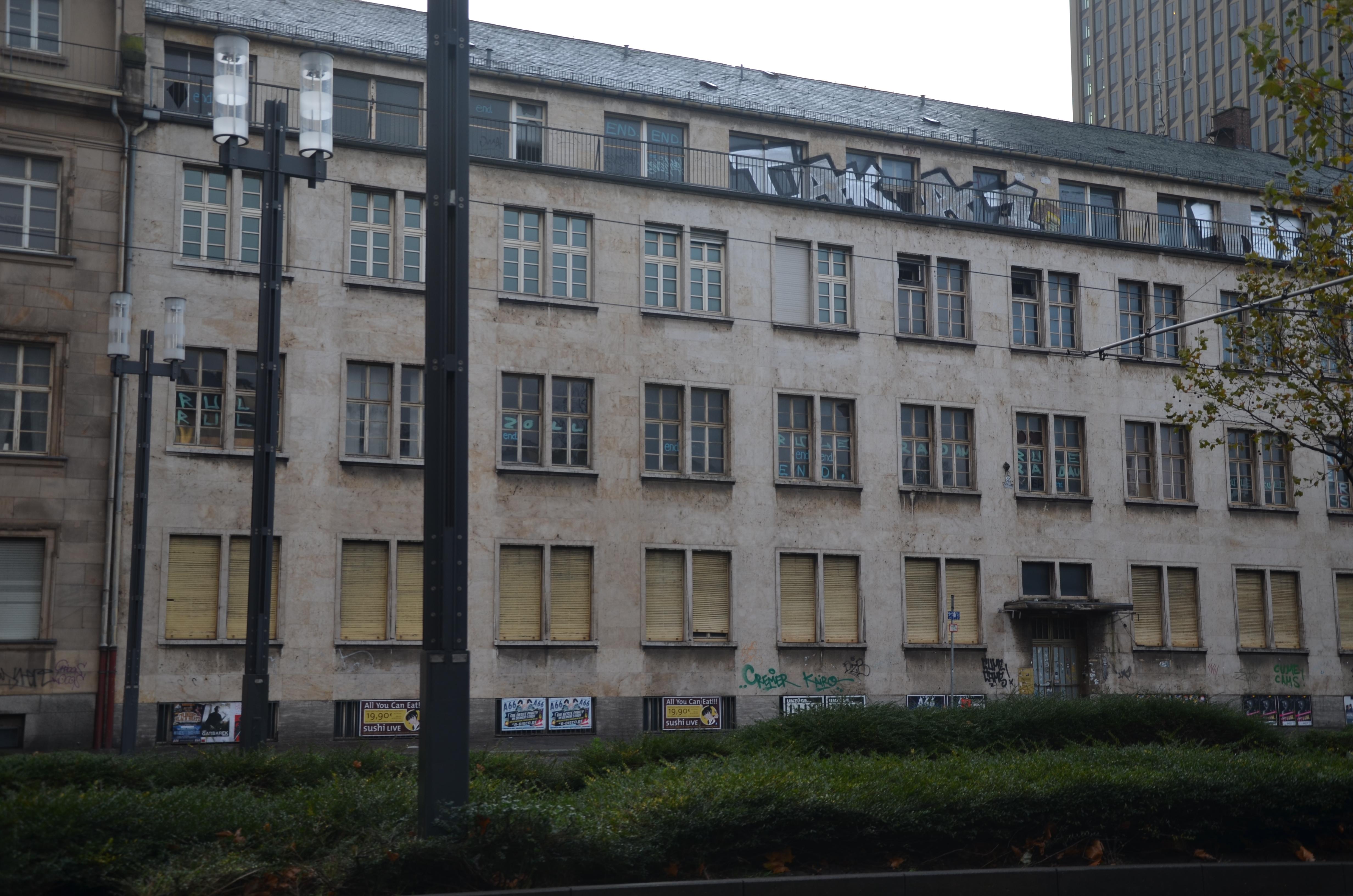 Untergrund vor dem Kunstgraffiti geschützt